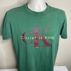 Vintage Christ is king Jesus religious t shirt